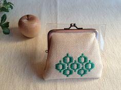 kogin coin purse こぎん刺しのがま口です。