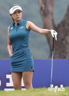 Sexy Golf, Elegant Girl, Golf Fashion, Golf Outfit, Athletic Women, Sexy Asian Girls, Ladies Golf, Sexy Women, One Piece