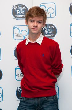 THOMAS BRODIE-SANGSTER the voice of ferb!!!! I found him!!!