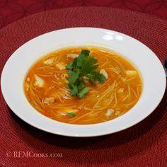 Fideo Soup with Chicken (Sopa de Fideo con Pollo)