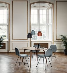 Gubi rundt spisebord : Futura