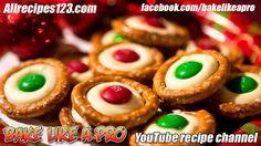 White Chocolate M&Ms Holiday Pretzels Recipe Pie Recipes, Baking Recipes, Great Recipes, Cookie Recipes, Holiday Baking, Christmas Baking, Christmas Recipes, White Chocolate M&ms, Pretzels Recipe