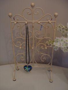 Shabby Chic Cream Jewellery Earing Holder Stand | £14.95 eBay