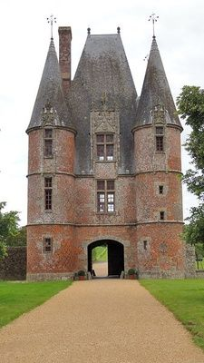 justcallmegrace:      Le Chateau de carrouges