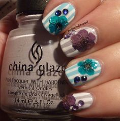 Dried flower nail art - try without dry flower :D