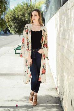 Welcome to Leto Wholesale Teen Fashion Outfits, Cute Fashion, Classy Outfits, Chic Outfits, Boho Fashion, Fall Outfits, Fashion Dresses, Long Kimono Outfit, Mode Kimono