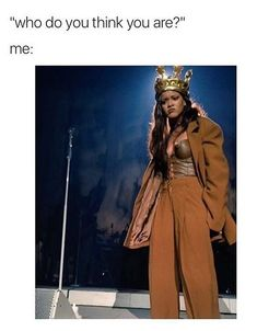 21 Rihanna Memes For All Your Weekend Feelings ADVERTISEMENT Can I just do this please? 4 Honestly who do I think I am? Crazy Funny Memes, Really Funny Memes, Stupid Funny Memes, Funny Relatable Memes, Funny Tweets, Haha Funny, Funny Shit, Hilarious, Rihanna Meme