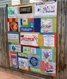 Learn how to make a T-Shirt Quilt. T-shirt quilts are a great way to recycle and upcycle. Turn your tee shirts into a tee shirt quilt. We have tips and techniques for making a t shirt quilt. Quilting Tutorials, Quilting Projects, Quilting Designs, Sewing Projects, Quilting Ideas, Sewing Ideas, Sewing Box, Sewing Tutorials, Scrap Quilt Patterns