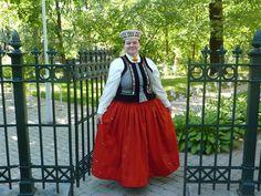Nīca folk costume
