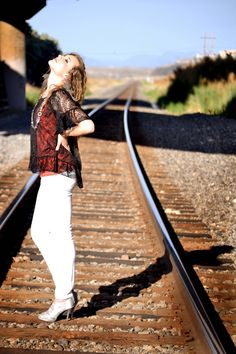 train tracks senior photography