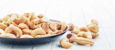 acaju face parte din categoria alimentelor bogate in zinc Apple Pie, Garlic, Vegetables, Desserts, Food, Tailgate Desserts, Deserts, Essen, Vegetable Recipes