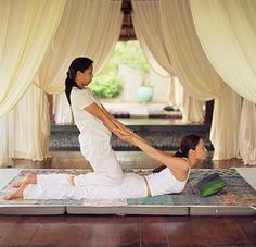 Thai Massage is an entirely different approach to therapy that relies on elongating and stretching the length of the muscles in order to provide true alignment and the relief of pain.  Spa Montage Deer Valley has several Thai Massage treatment rooms.