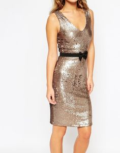 Buy Paper Dolls Petite Sequin Pencil Dress With Bow Waist Band at ASOS. Get the latest trends with ASOS now. What Is Cocktail Attire, Cocktail Wedding Attire, Cocktail Attire For Women, Sari Dress, Dress Skirt, Dress With Bow, The Dress, Gold Velvet Dress, Sari Blouse Designs