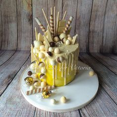 Lemon & white chocolate drip Cake.