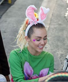 The sweetest @mileycyrus #happyeaster