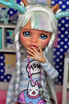 OOAK Custom Monster High doll~ Aloiene ~#172 Nekomuchuu Repaint Clawdeen wolf