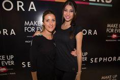 Andrea Villapriego, a la que hace unos días vimos entrevistada en TV1 : Desfilando a los 18 (http://www.sarastudio.com/category/videos/) donde nos sorprendió por su naturalidad ante las cámaras.  En Sephora junto a su maquilladora, se la ve encantada