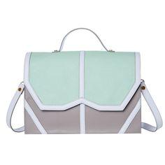 29 best sacs de grande marque images on Pinterest   Bags, Beige tote ... f82e0978050