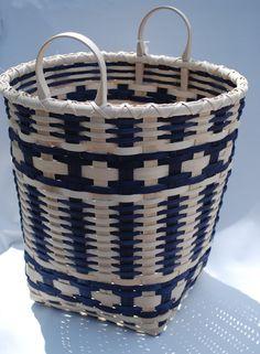 Items similar to Handmade Blue Cross Basket for Summer harvest on Etsy Egg Basket, Paper Basket, Basket Bag, Paper Weaving, Weaving Art, Pine Needle Baskets, Woven Baskets, Basket Weaving Patterns, Japan Crafts