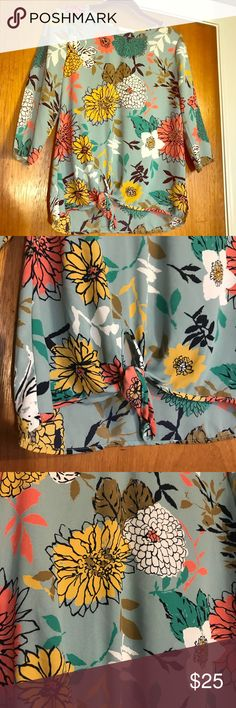 Floral Tie Top Ok I am obsessed with this top, but it doesn't fit anymore! Perfect for work & super comfy! Great condition. Le Lis Tops Blouses
