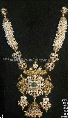 Latest Collection of best Indian Jewellery Designs. Emerald Jewelry, Pearl Jewelry, Beaded Jewelry, Pearl Necklace, Gold Jewelry, Jewlery, India Jewelry, Temple Jewellery, Indian Wedding Jewelry
