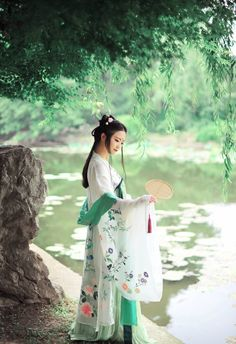#hanfu traditional chinese clothes