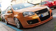 Gold VW MK5