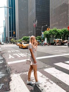 New york spring outfits, spring fashion outfits, travel outfit summer New York Outfits, Empire State, Empire New York, New York Pictures, New York Photos, Travel Outfit Summer, Travel Outfits, Travel Fashion, Summer Travel