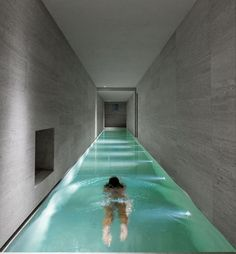 Swimming pools are traditionally built outside but what if you live in harsh weather conditions? We have cool indoor swimming pool ideas for you. Indoor Swimming Pools, Swimming Pool Designs, Swiming Pool, Indoor Pools In Houses, Underground Swimming Pool, Lap Pools, Future House, Luxury Pools, Dream Pools