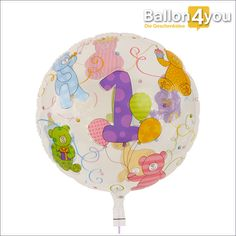 Bubble Ballon zum ersten Geburtstag  Hurra, der erste Geburtstag ist da! Das muss gefeiert werden. Ihr Baby hat die ersten zwölf Monate erlebt und darf nun diese eine Kerze auf dem Geburtstagskuchen ausblasen. Natürlich helfen Sie ihm oder ihr dabei und dazu gibt es diesen kunterbunten Bubble Ballon mit Bären und Luftballons zum ersten Geburtstag.
