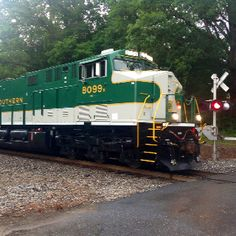 Norfolk Southern Heritage Unit - Southern Railways