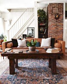 40 Rustic Farmhouse Living Room Design Ideas – Decorating Ideas - Home Decor Ideas and Tips Boho Living Room, Interior Design Living Room, Home And Living, Living Room Designs, Modern Living, Design Bedroom, Living Room With Stairs, Living Room Brick Wall, Small Living