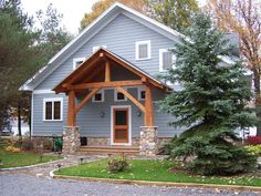 This Keuka Lake cottage uses a strong gable form repeated by its timber frame porch as an expression of what's to come inside. Porch Timber, Porch Plans, Pergola Plans, Diy Pergola, Pergola Ideas, Outdoor Ideas, Gable Roof Design, Craftsman Porch, Gable House