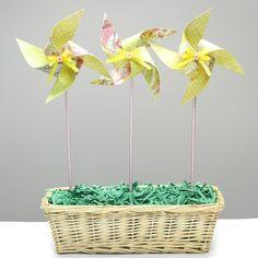 Spring Home Decor- Paper Pinwheel Arrangement via @sarah_forhan http---sewingcraftingsarah.blogspot.com