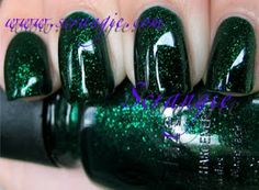 China Glaze: Loves You Snow Much Holiday 2009 - Emerald Sparkle