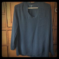GAP blouse Navy blue, tunic style blouse. I love this, it just doesn't fit anymore. Perfect condition! GAP Tops