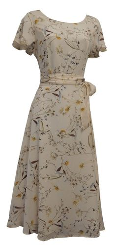 New Ladies Retro Wartime Vintage Style Floral Tea Dress 1940s Fashion Dresses, Vintage Fashion, Fashion Outfits, Ladies Fashion, Fashion Trends, Women's Fashion, Modest Dresses, Pretty Dresses, Casual Dresses