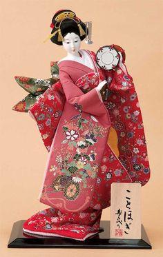 ◆贈り物に最適なお手頃サイズの日本人形。