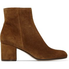 Gianvito Rossi Margaux 60 suede ankle boots (3.410 RON) ❤ liked on Polyvore featuring shoes, boots, ankle booties, short suede boots, bootie boots, suede booties, chunky-heel ankle boots and block heel booties