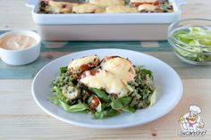 Spinazie liefhebbers opgelet! Met dit recept maak je een heerlijk spinazie ovenschotel met gehakt. Deze schotel is lekker, voedzaam en koolhydraatarm. #koolhydraatarm #ovenschotel #spinazie Low Carb Keto, I Love Food, Healthy Life, Clean Eating, Paleo, Food And Drink, Lunch, Healthy Recipes, Diet