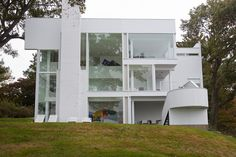 Smith House, Richard Meier Photo: Jesse Neiderfor the Wall Street Journal