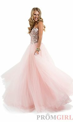 Shop classic ball gowns and ball gown prom dresses at PromGirl. Ballroom gowns, long formal dresses, designer prom ball gowns, plus-sized ball gowns, and ball gown dresses. Prom Dresses Uk, Beautiful Prom Dresses, Pretty Dresses, Evening Dresses, Wedding Dresses, Dress Prom, Dresses 2016, Gorgeous Dress, Dress Formal