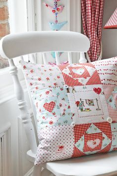 Sweet and Simple, some wonderful ideas for a childs quilt...