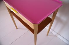 SMALL SIDETABLE