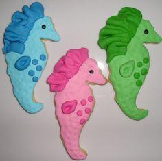 12 Bright Seahorses Gourmet Sugar Cookies by YummyYummySugarShop