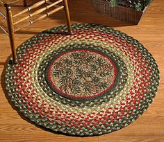 This rustic hooked wool rug with center pinecone images and multi colored braided edge will be a great accent to your home. Braided Rug Tutorial, Rag Rug Tutorial, Diy Bed Sheets, Braided Rag Rugs, Oval Rugs, Old Towels, Diy Braids, Rustic Rugs, Woven Rug