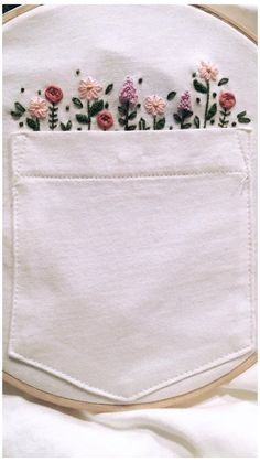 Hand Embroidery Stitches, Crewel Embroidery, Embroidery Hoop Art, Cross Stitch Embroidery, Diy Jean Embroidery, Embroidery Ideas, Knitting Stitches, Embroidery On Tshirt, Simple Flower Embroidery Designs