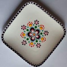 Mandala Art Lesson, Mandala Drawing, Mandala Painting, Mandala Dots, Mandala Pattern, Dot Art Painting, Ceramic Painting, Pottery Painting Designs, Paint Designs