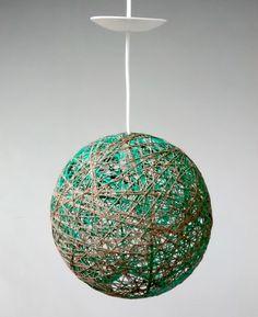 Lampara de Lana de algodon en verde y tierra 40 cm.