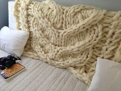 Chunky blanket. Large blanket. Giant knit. Relief